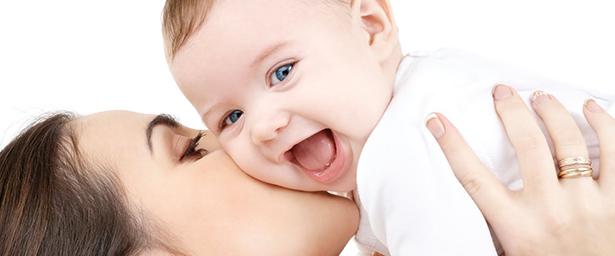 Miért nélkülözhetetlen a kismamáknak a halolaj a terhesség és a szoptatás alatt?